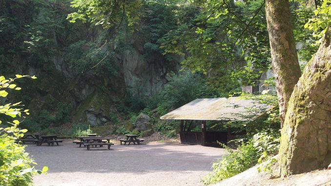 678px_nasseplatz_siebengebirge